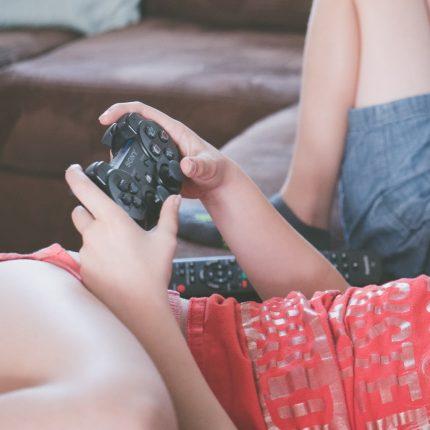 Cina proibisce videogiochi dopo le 22:00