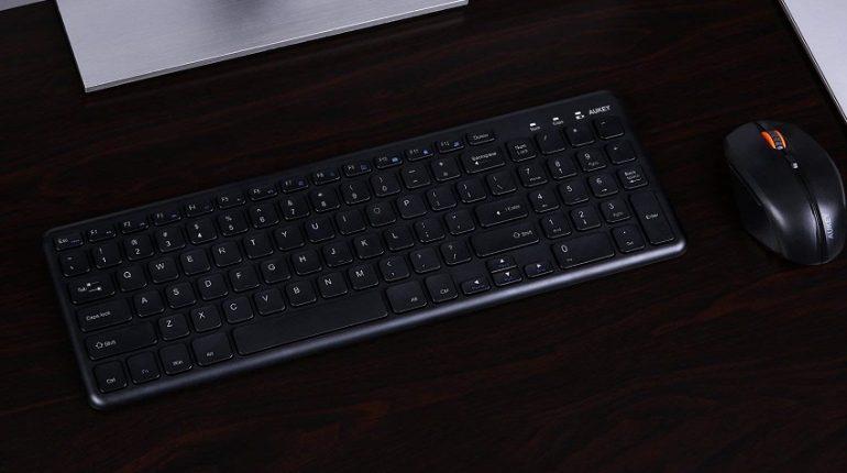 AUKEY Tastiera Wireless