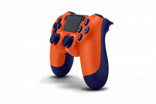 PS4: ecco il nuovo controller Sunset Orange