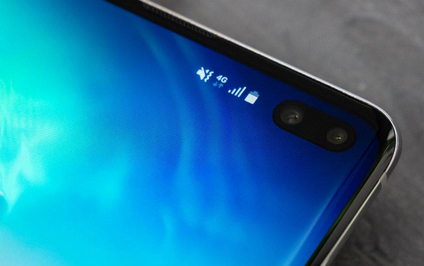 Galaxy S10: face unlock sbloccabile semplicemente con una foto