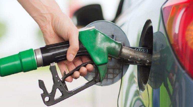 10 consigli per risparmiare carburante