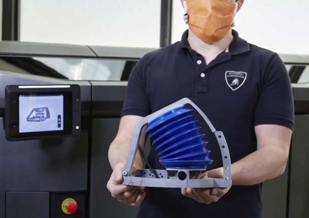 Coronavirus: Lamborghini produrrà simulatori polmonari