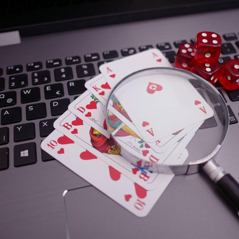 Poker online: per molti una vera e propria professione